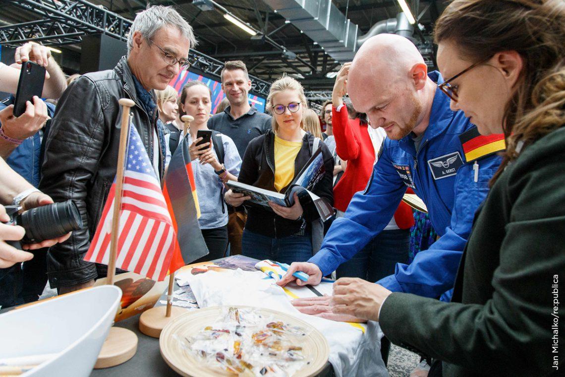 Gefragter Gast: Alexander Gerst gab einen spannenden Einblick in seine Missionen auf der Internationalen Raumstation.