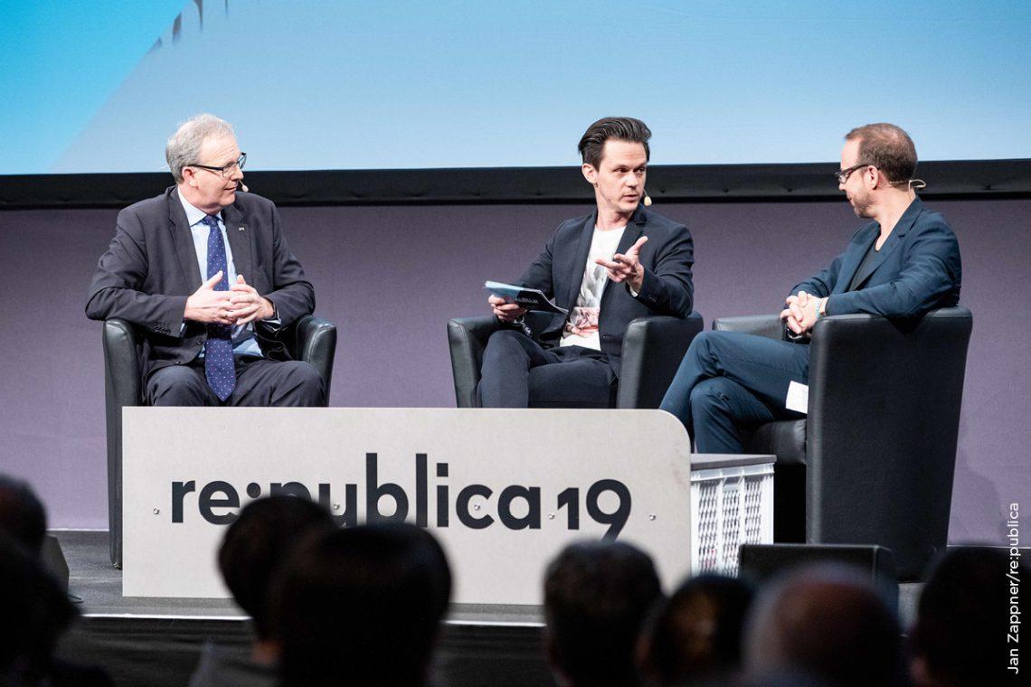 Axel Voss, Jo Schück und Markus Beckedahl im Gespräch über die Urheberrechtsreform der EU.