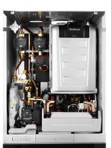Gas-Brennwert-Kompaktheizzentrale Logamax plus GB192iT - offen Mit ihrem modularen Aufbau kann die Gas-Brennwert-Kompaktheizzentrale Logamax plus GB192iT von Buderus auch nachträglich noch gut zu einem Hybridsystem erweitert werden. Quelle: Buderus