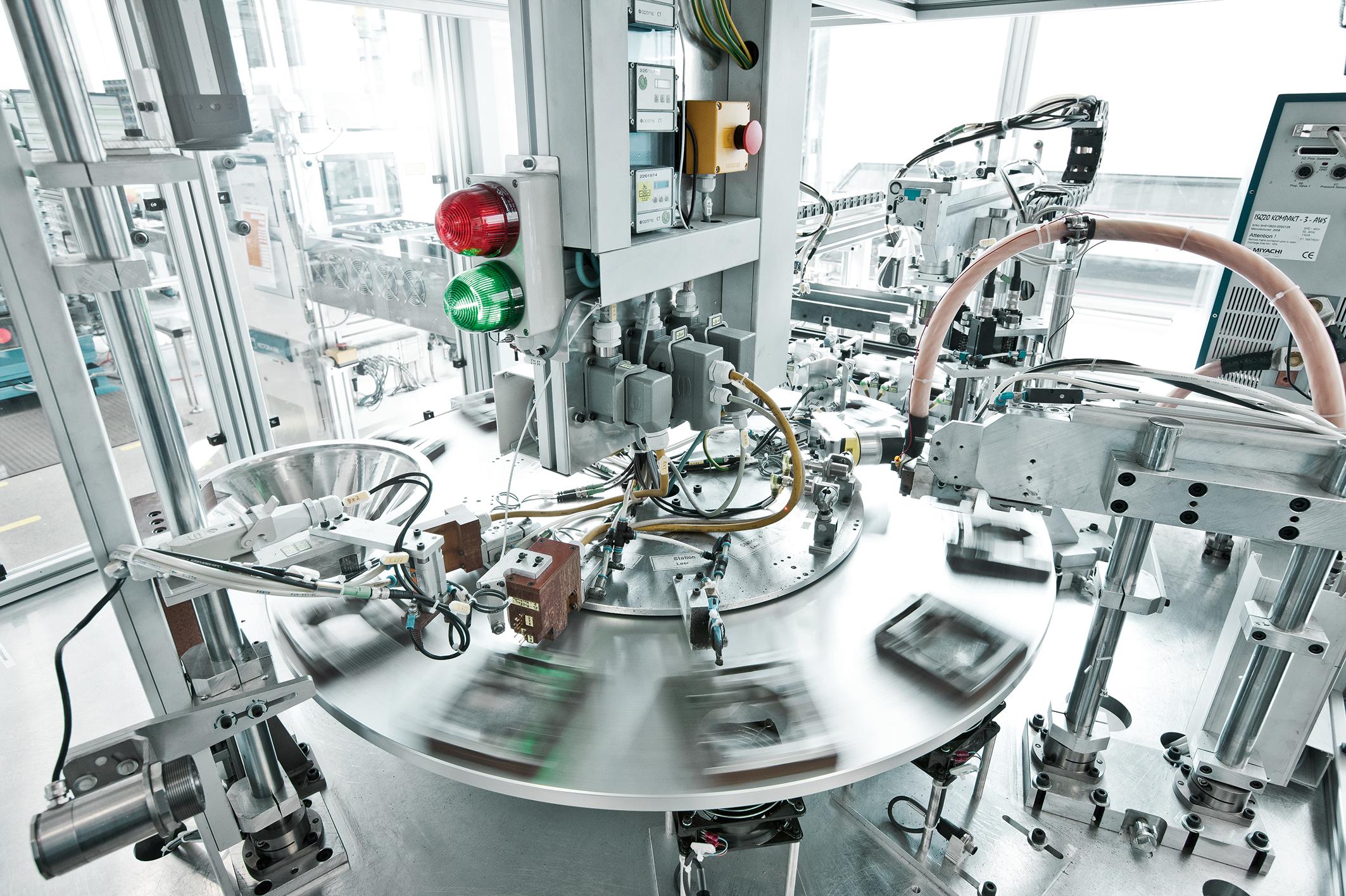 Optimierung der innovativen Dickschicht-Fertigung E.G.O. investiert in den kommenden fünf Jahren 36 Mio. Euro in den Standort Oberderdingen - unter anderem in die Optimierung der innovativen Dickschicht-Fertigung. (Foto: E.G.O.)