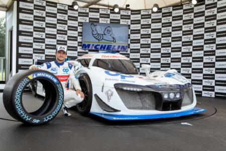 Der-Rennfahrer-Stephane-Richelmi-mit-dem-H24