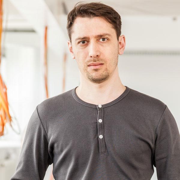 Communication Consultants Andrej Lauschkin