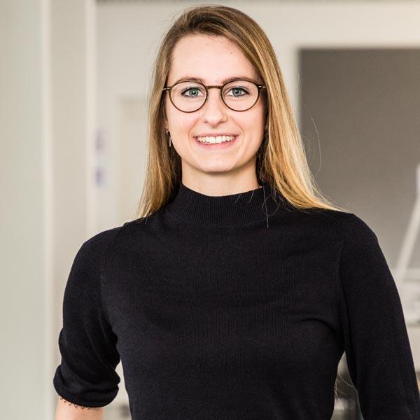 Communication Consultants Elena Pattberg